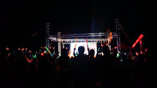 音乐会现场。