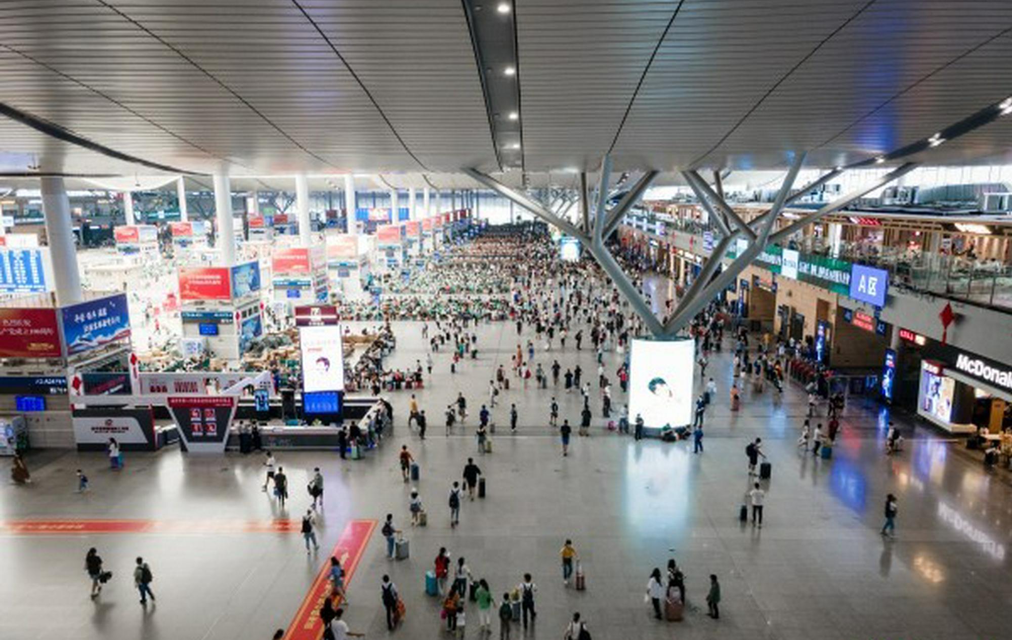 国庆长假,长沙南站共发送旅客125.2万人次