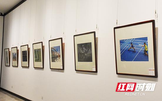 110幅书法摄影作品将湖南省文体并茂的盛世景象精彩呈现。