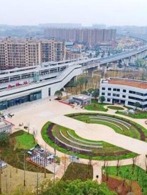 长株潭城铁先锋站西广场开放