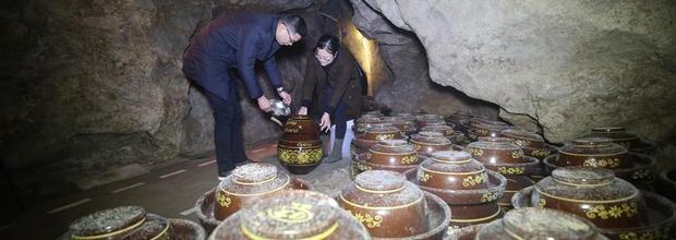 湖南张家界:特色洞藏酒受青睐