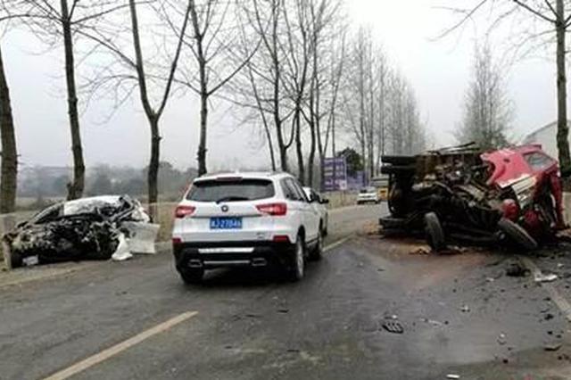 常德男子抢劫滴滴司机后驾车开溜 10分钟后撞车身亡