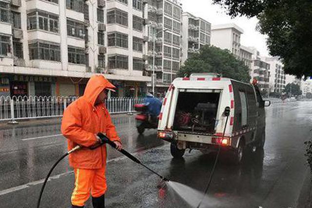春节长沙8000余环卫工坚守岗位 放弃团聚维护市容