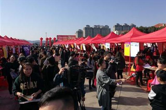 岳阳社保实施系列新政 市民乐享更多发展红利