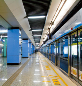 五一小长假期间 南京地铁加开225列次