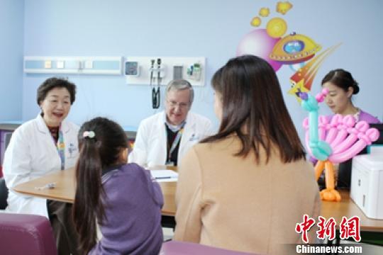20世纪80年代后期,在郭迪教授的带领下,金星明教授协同科室团队,对ADHD进行了国内最早一批的临床诊治和干预,揭开了中国关注ADHD疾病诊治的帷幕。 芊烨 摄
