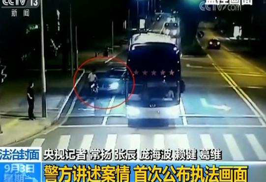 """昆山市公安局刑警大队副大队长吉强:""""刘海龙抢救无效死亡。"""""""