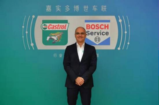 嘉实多全球副总裁卡洛斯(Carlos Barrasa)先生