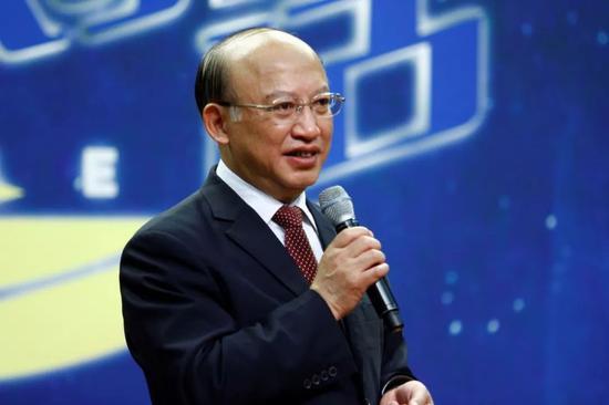 """中国能不能造出""""超级高铁""""?"""