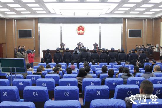 聚众斗殴、非法拘禁…连云港29名涉恶被告人被宣判