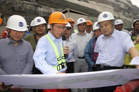 指导地下工程现场建设