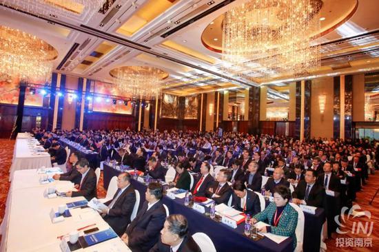 2019南京地标产业(北京)推介会现场客商云集。市投促局供图