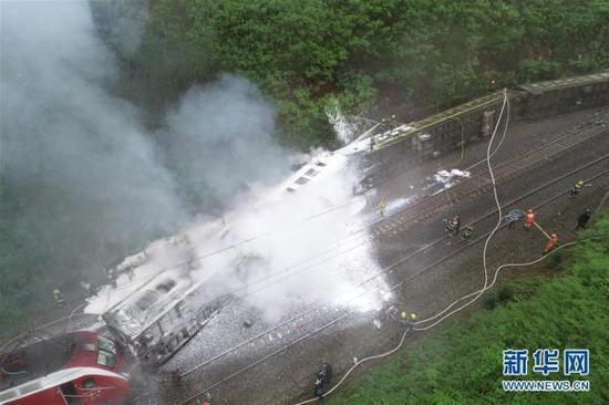 T179次列车脱轨事故已致1人遇难,4人重伤123人轻伤