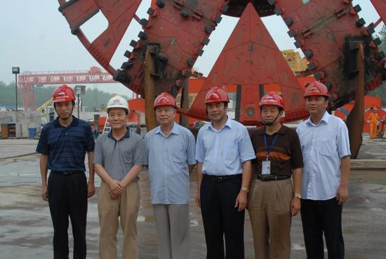 主导建成南京长江隧道盾构