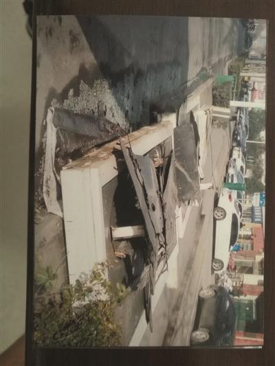 涉事公司提供的原站台被损毁时的影像截图。