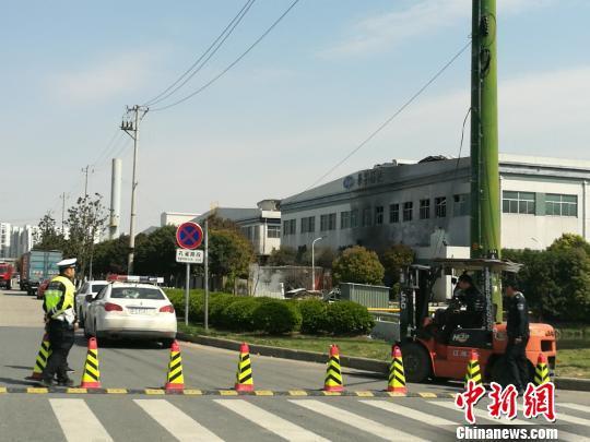 昆山综保区汉鼎精密金属有限公司燃爆事故现场。