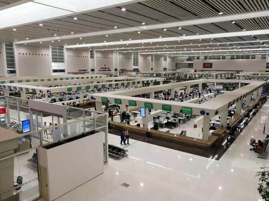 图为淮安市政务服务中心