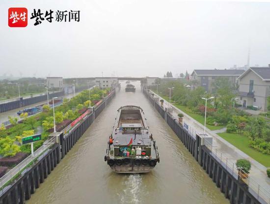 打通锡澄运河入江瓶颈 江苏一新船闸通过验收
