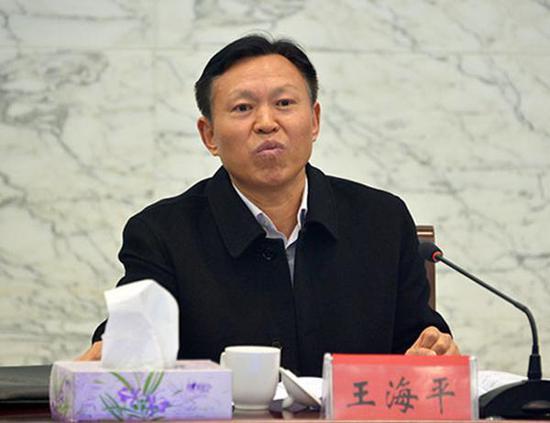 淮安市人大常委会原副主任受贿178万 一审获刑五年