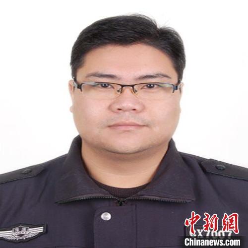 南京市公安局高淳分局辅警袁剑雄。 警方供图