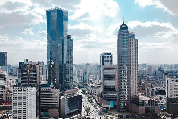 南京11区委书记带队连续出访 背后隐藏了哪些城市雄心