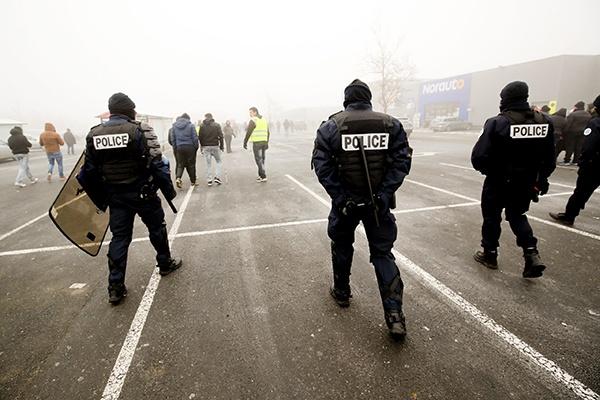 街头的警察