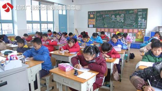 家庭作业变图片作业江苏推每周无作业日好看女生初中家长图片
