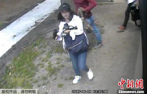 资料图:章莹颖失踪前的监控画面。