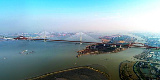 建成后,常泰长江大桥是这样的。