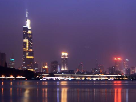 南京新区委书记换帅:涉及5区 新主官均在50岁及以下