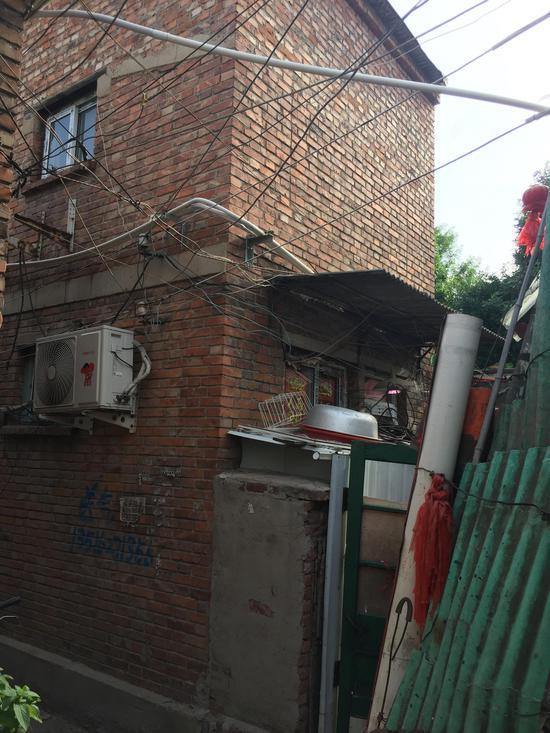 杜大娘家,二层为其加盖。 新京报记者 张惠兰摄