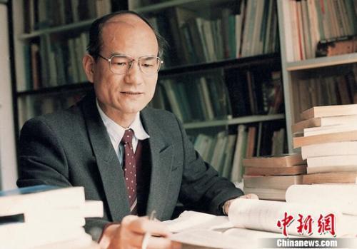 资料图:中国科学院院士、中国工程院院士刘永坦。哈工大供图