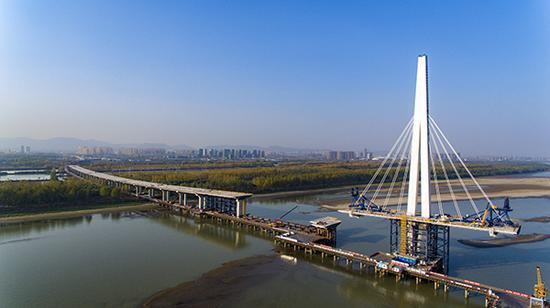 建造中的南京长江五桥 公规院供图