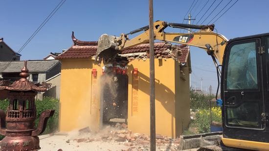 土地庙拆除现场照片。来源:高邮市人民政府官网