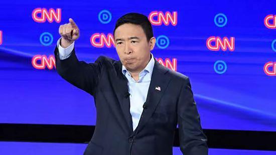 杨安泽在第二场辩论