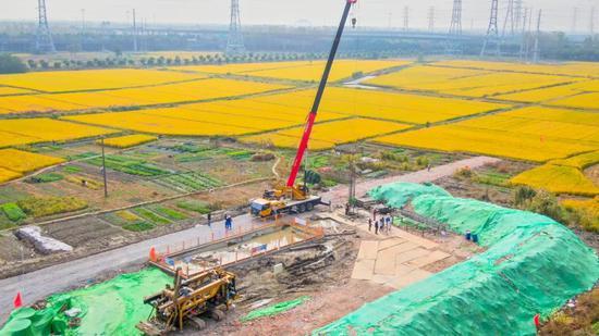 沪苏湖铁路上海段打下第一桩,全线计划建设工期4年