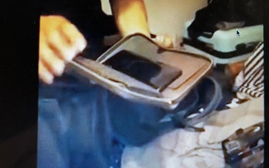 民警查获被盗财物。视频截图