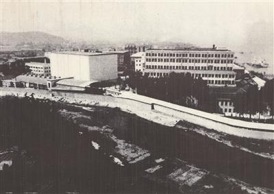 百年和记洋行老厂房不同时间留下的照片。