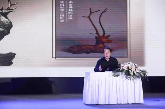 邱主任介绍南京博物院馆藏