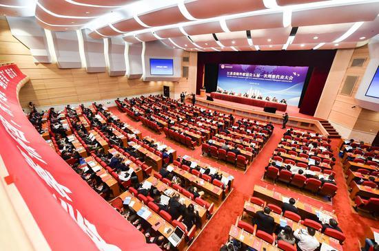 江苏省海外联谊会五届一次理事代表大会在宁召开