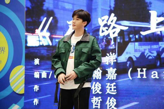 朱小磊李修洋助阵2018《中国新歌声》南京赛