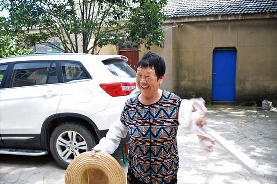 新庄村村民邵翠明。