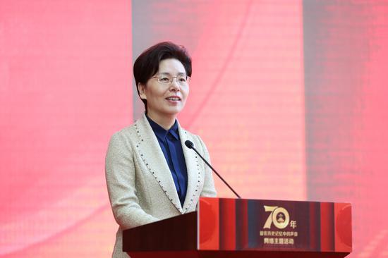 江苏省委网信办主任兼省委宣传部副部长徐缨致辞