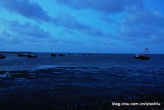 黄昏的海面