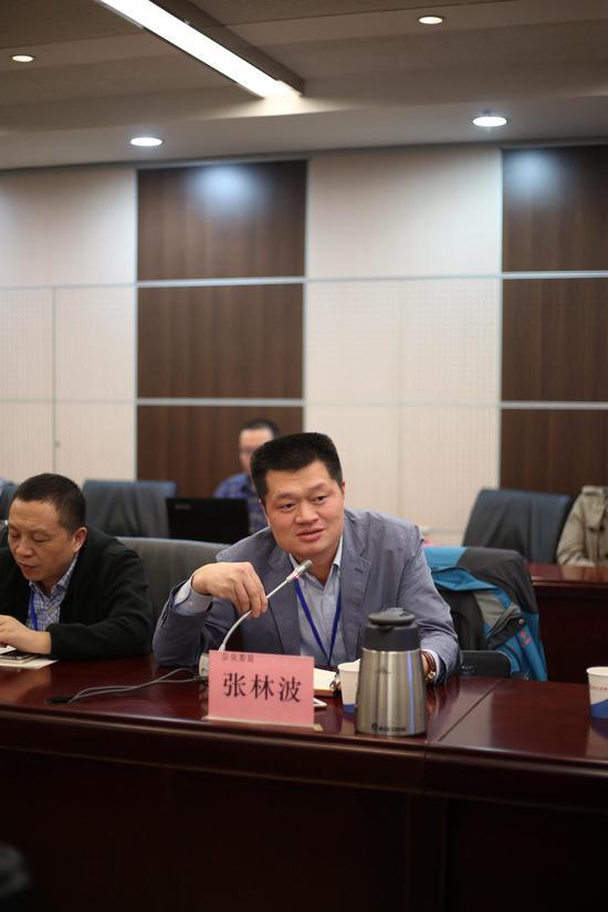 公众委员张林波