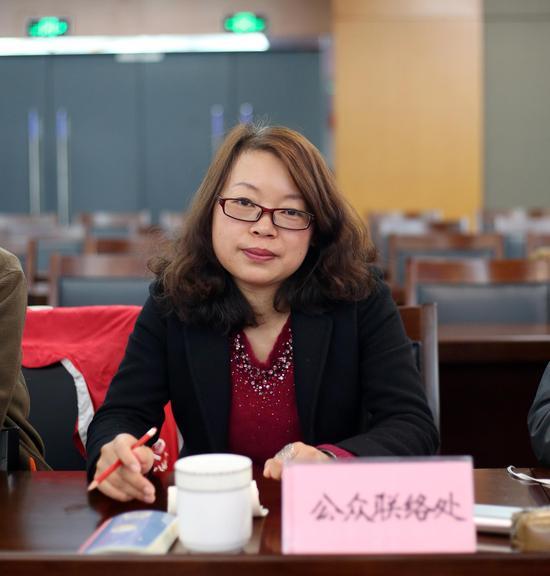 南京市城管局公众联络处副处长刘晓丽