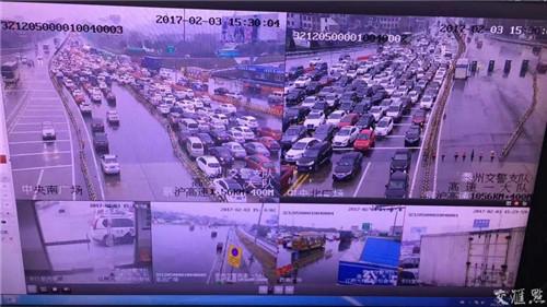 江阴大桥、苏通大桥的返程车流