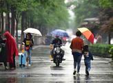 江苏今起连续两三天都有雷阵雨 气温有所下降