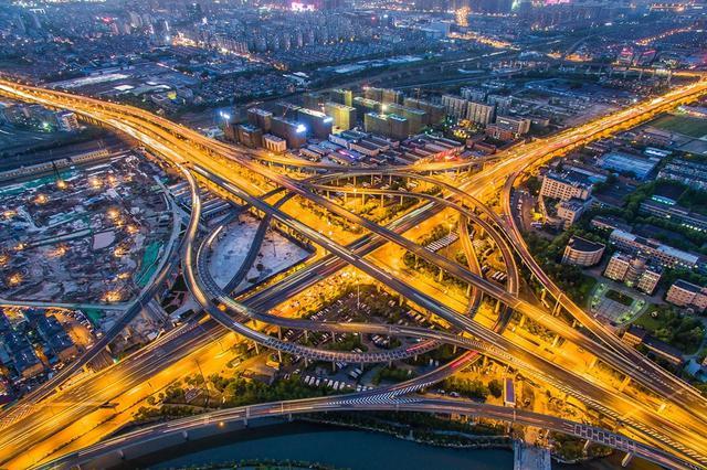 至2030年 江苏再增3条过江通道、12条高速