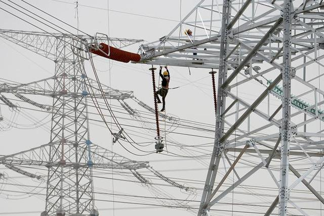 江苏电网最高调度用电负荷突破1亿千瓦